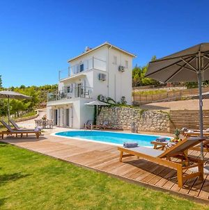 Ai Giannis Villa Sleeps 6 With Pool Air Con And Wifi photos Exterior