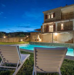 Vasilikos Villa Sleeps 6 With Pool Air Con And Wifi photos Exterior