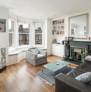 Stylish Notting Hill Flat With Roof Terrace photos Exterior