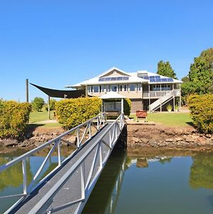 Campbell 7 - Large Queenslander On Maroochy River photos Exterior