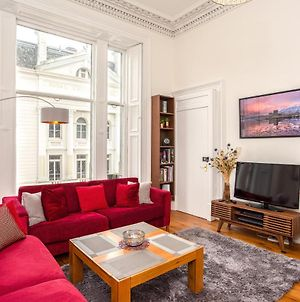2 Bedroom Flat In Central Edinburgh photos Exterior