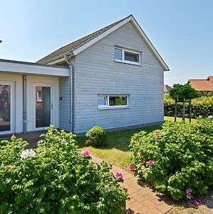 Charming Holiday Home In Zierow Near Seabeach photos Exterior