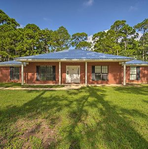 Updated Gulf Home With Yard - Walk To Beach! photos Exterior