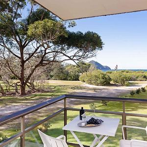 1 'Intrepid', 3 Intrepid Close - Amazing Views Of Shoal Bay, Only 100M From The Beach photos Exterior