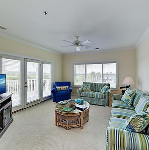 All-Suite Islander Resort Condo - Walk To Beach! Condo photos Exterior