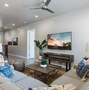 Ocotillo Springs 21 Sleeps 22 Guests, Fire Pit, Community Pool And Hot Tub photos Exterior