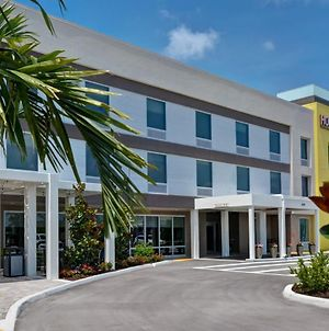 Home2 Suites By Hilton Naples I-75 Pine Ridge Road photos Exterior