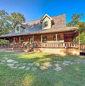 Rustic Broken Bow Retreat With Hot Tub And Deck! photos Exterior