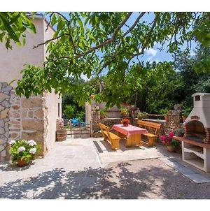 Pleasant, Authentic Holiday Home In Polje, Krk. Just 2,5 Km From The Beach! photos Exterior