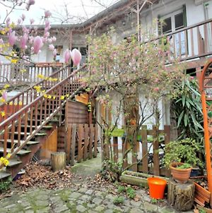 Lovely Flat Close To Buttes Chaumont photos Exterior