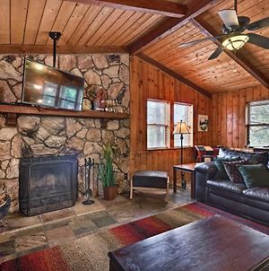 Rustic Strawberry Cabin With Grill & Mountain Views! photos Exterior
