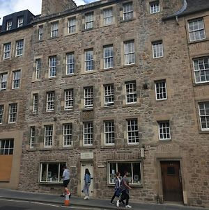 Canongate - Spacious And Historic 2 Bed Flat On Royal Mile photos Exterior