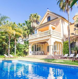 Beautiful Home In Marbella W/ Outdoor Swimming Pool, Wifi And 6 Bedrooms photos Exterior
