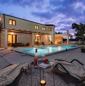 Beautiful Home In Bale W/ Outdoor Swimming Pool And 4 Bedrooms photos Exterior