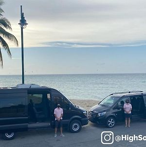 S4 At Highsoclub With Private Shuttle photos Exterior