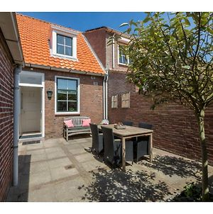 Charming Cottage In Westkapelle With Perfect Location photos Exterior