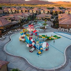 Paradise Village 16 Sleeps 32, Private Theater And 20 Person Hot Tub, Resort Style Pool And Water Park photos Exterior