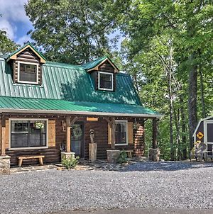 Rustic-Chic Cabin With Deck, Hot Tub, Mtn Views! photos Exterior