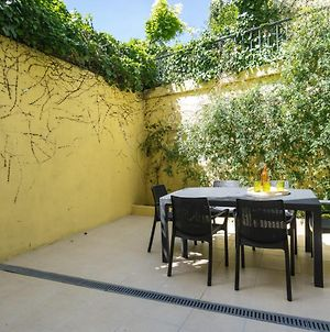 Apartment With Private Garden Near Baixa photos Exterior
