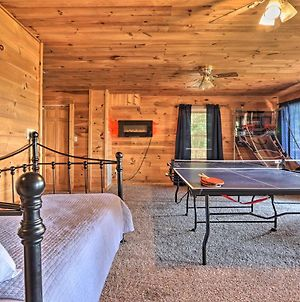 Lavish Sevierville Cabin With Games And Stunning View! photos Exterior