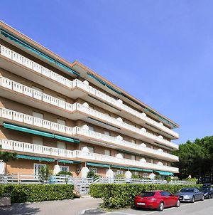 Apartments In Lignano 21600 photos Exterior