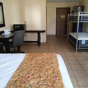 Stayable Suites Kissimmee photos Exterior