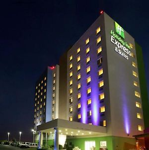 Holiday Inn Express Monterrey Aeropuerto photos Exterior