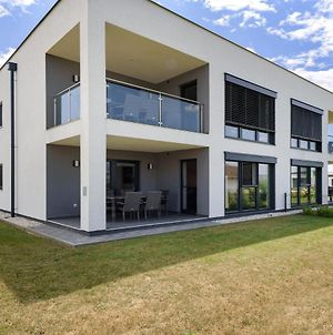 Modern Holiday Home In Lutzmannsburg With Pool photos Exterior