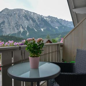 Alpine Appartement Top 9 By Aa Holiday Homes photos Exterior