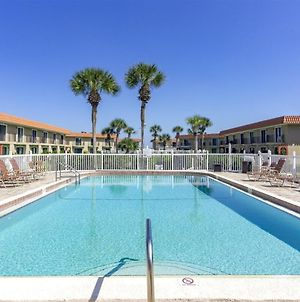 Poolside Townhouse At Ponce Landing photos Exterior