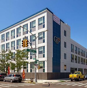 Glo Best Western Brooklyn Nyc photos Exterior