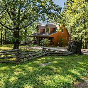 Woodsong Cottage - Charming 2Br Secluded Cottage Near Branson On 40 Acres Hot Tub Foosball Table photos Exterior