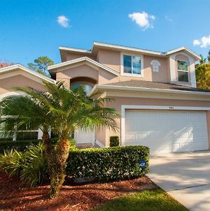 Luxurious With Privacy In 5 Bedroom With Private Pool By Florida Dream Homes photos Exterior