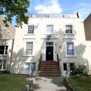 Kennington Oval 2-Bed Apartment In London photos Exterior
