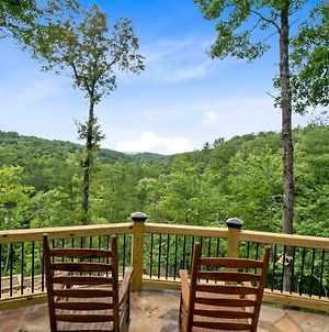 Elegant Forest Escape With Hot Tub, Views And More photos Exterior