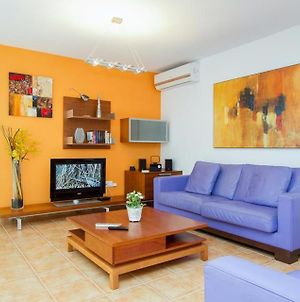 Villa In Playa Blanca Sleeps 6 Includes Swimming Pool Air Con And Wifi photos Exterior