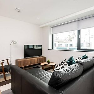 Waterfront Apartment With View Of Liver Building photos Exterior