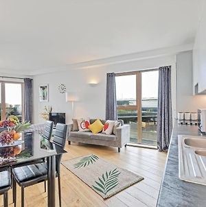 Panoramic Pad - Amazing Penthouse Apartment With Views Across The City To The Sea photos Exterior