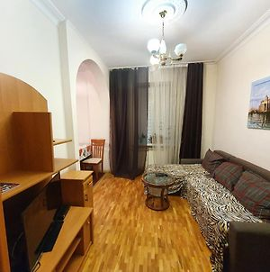 Gold Rent Apartments 3-Rooms Fortus Residence In Chisinau photos Exterior