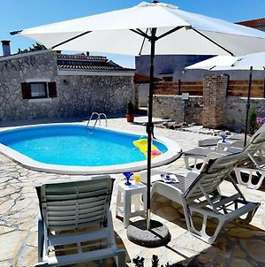 Holiday Home In Zemunik Gornji With Pool photos Room