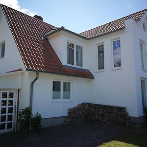 Lovely Holiday Home In Fehmarn With Balcony photos Room