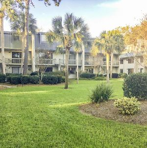 New Listing! Updated Condo With Pool - Walk To Beach Condo photos Exterior