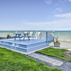 Lake Ontario Waterfront Cottage With Deck&Grill photos Exterior