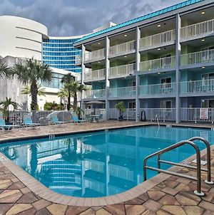 Bright Condo Steps To Clearwater Beach With Pool photos Exterior