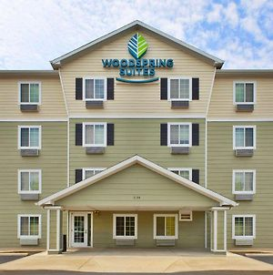 Woodspring Suites St. Louis St. Charles photos Exterior