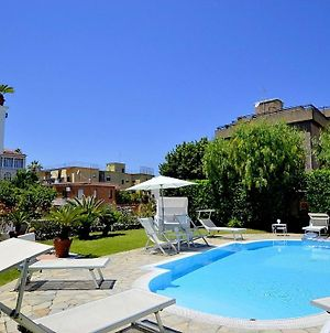 Sant'Agnello Villa Sleeps 10 With Pool And Air Con photos Exterior