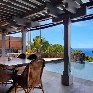 Architectural Gem With Infinity Pool Ocean Views photos Exterior