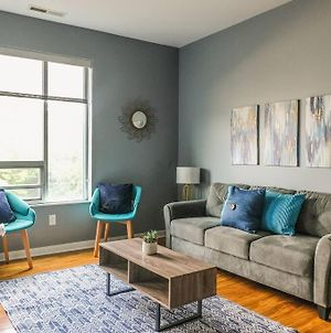 Modern And Stylish 2Br Apartments By Frontdesk photos Exterior