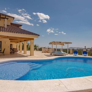 Serene Holiday Home In Callosa D' Ensarria With Private Pool photos Room
