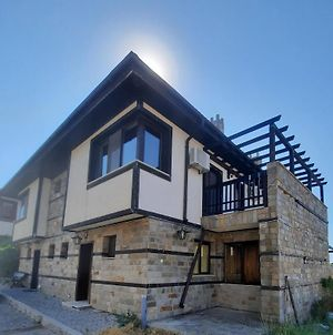Beautiful 2-Bed Villa In Cholakova Cheshma photos Exterior